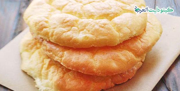 بديل الخبز في الكيتو: 5 خيارات منخفضة الكربوهيدرات يمكنك صنعها بنفسك